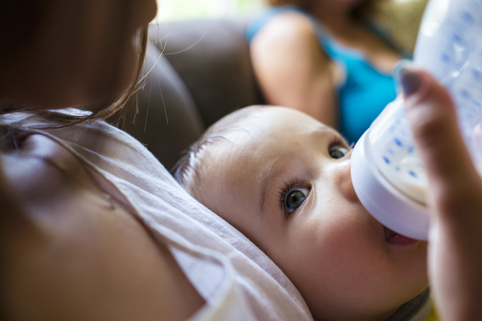 baby-boy-with-non-toxic-bottle